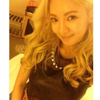 fff2a-130914hyoyeoninstagrampictureselca